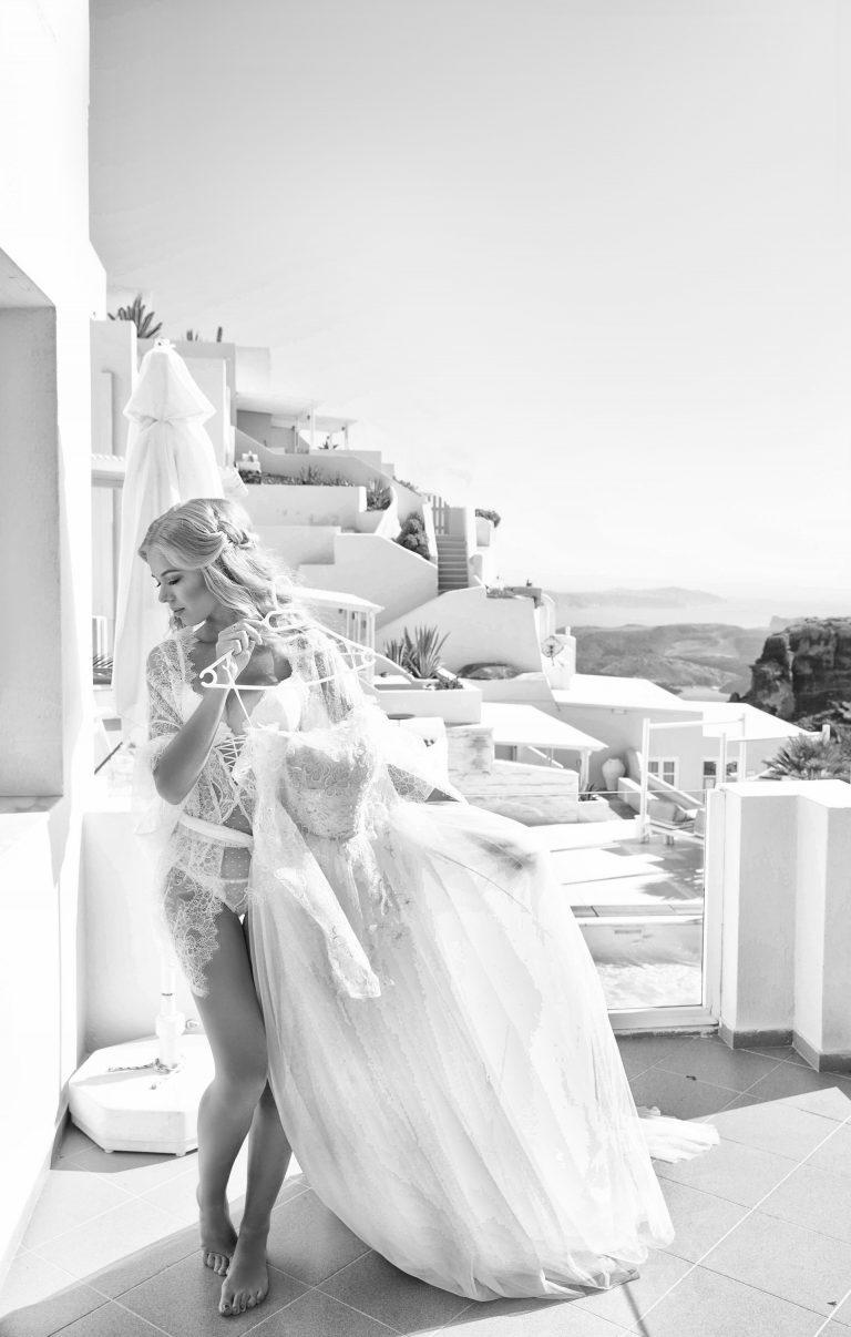 Boudoir session in Santorini